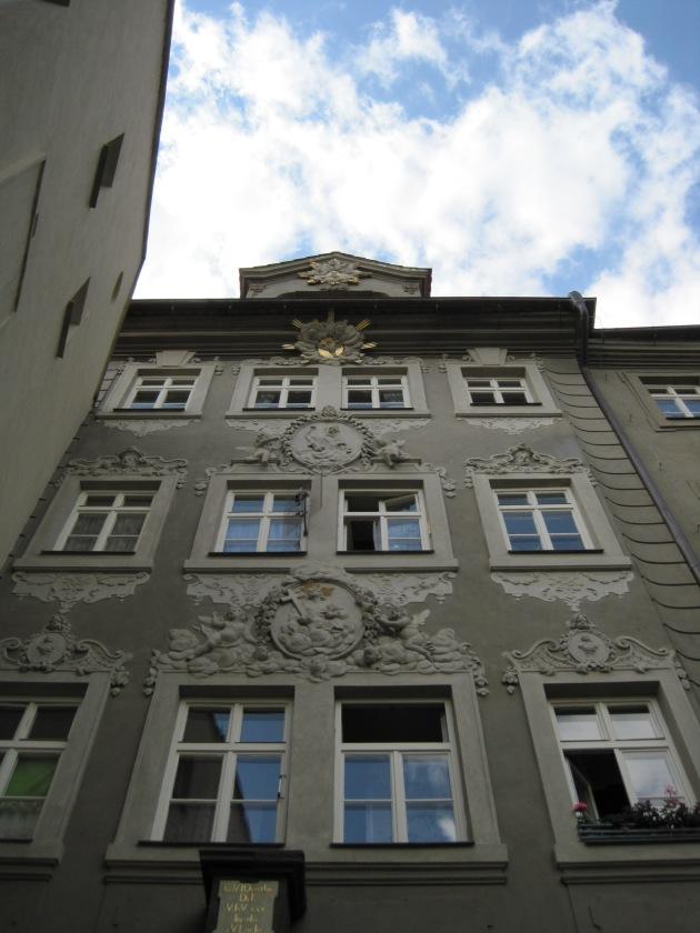 Prédio a meu ver escondido nas ruas de Praga.